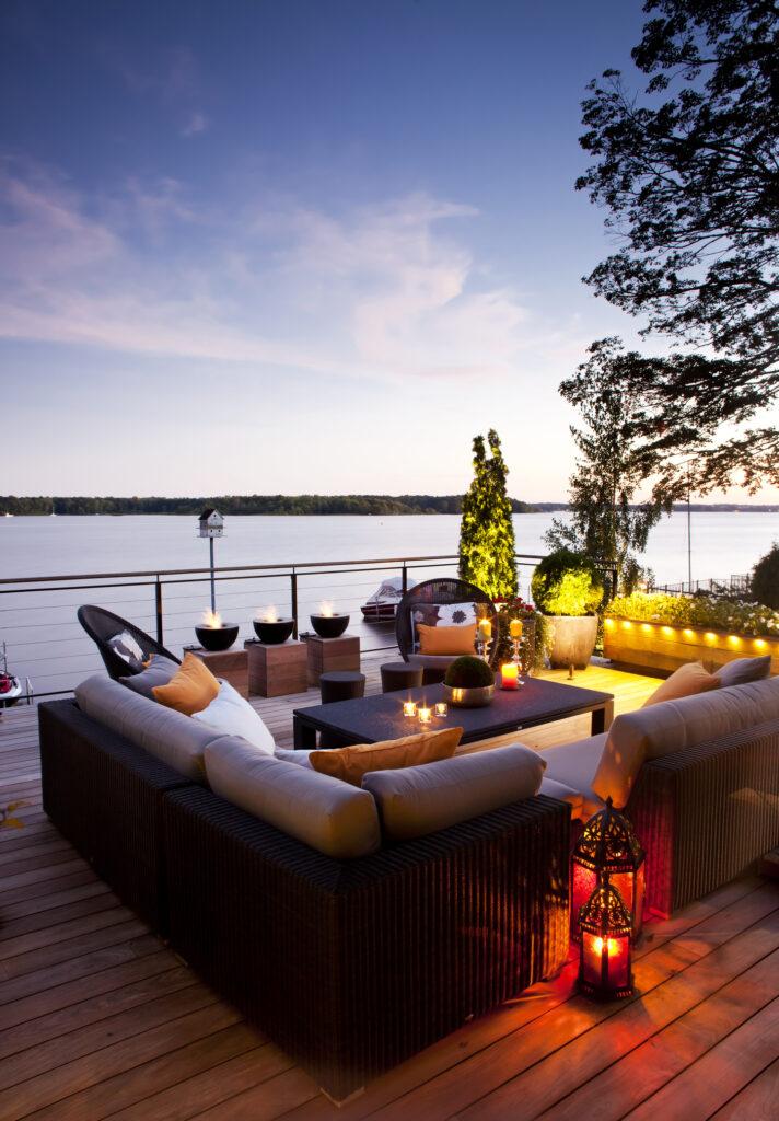 lakefront cabin b.c.